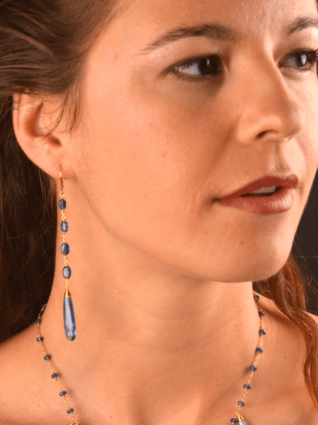 18kt Asteria Long Earrings