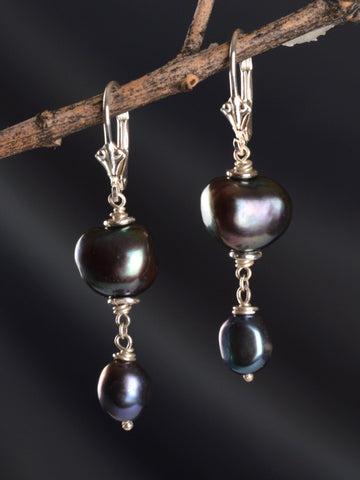 Dark Desire Pearl Earrings