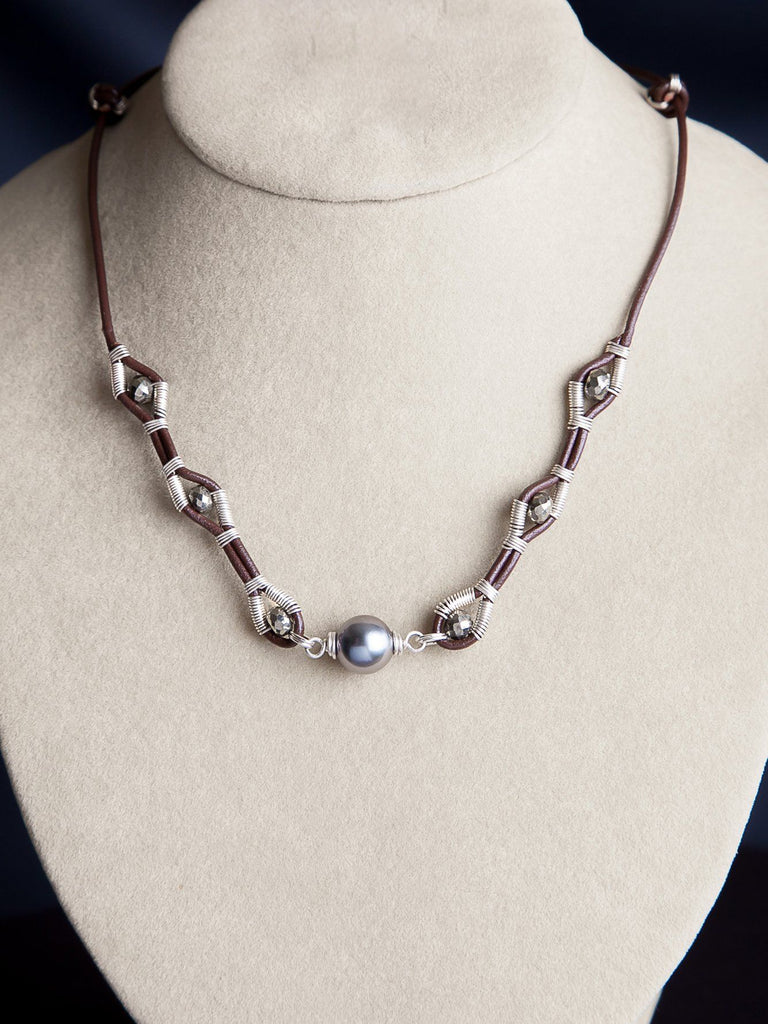HARMONY ORIGINAL Starseed Short Leather Necklace