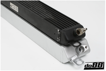 Load image into Gallery viewer, BMW M3 E90 E92 E93 ENGINE OIL COOLER RACING