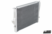 Load image into Gallery viewer, ALUMINUM BMW M3 E9X RADIATOR