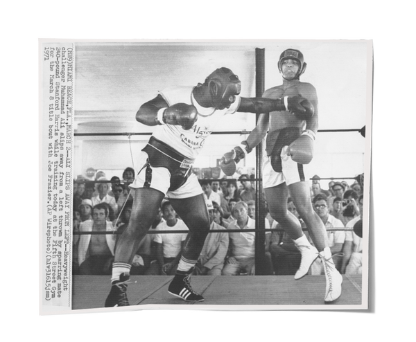 Cassius Clay - Vintage Wire Photo 1963