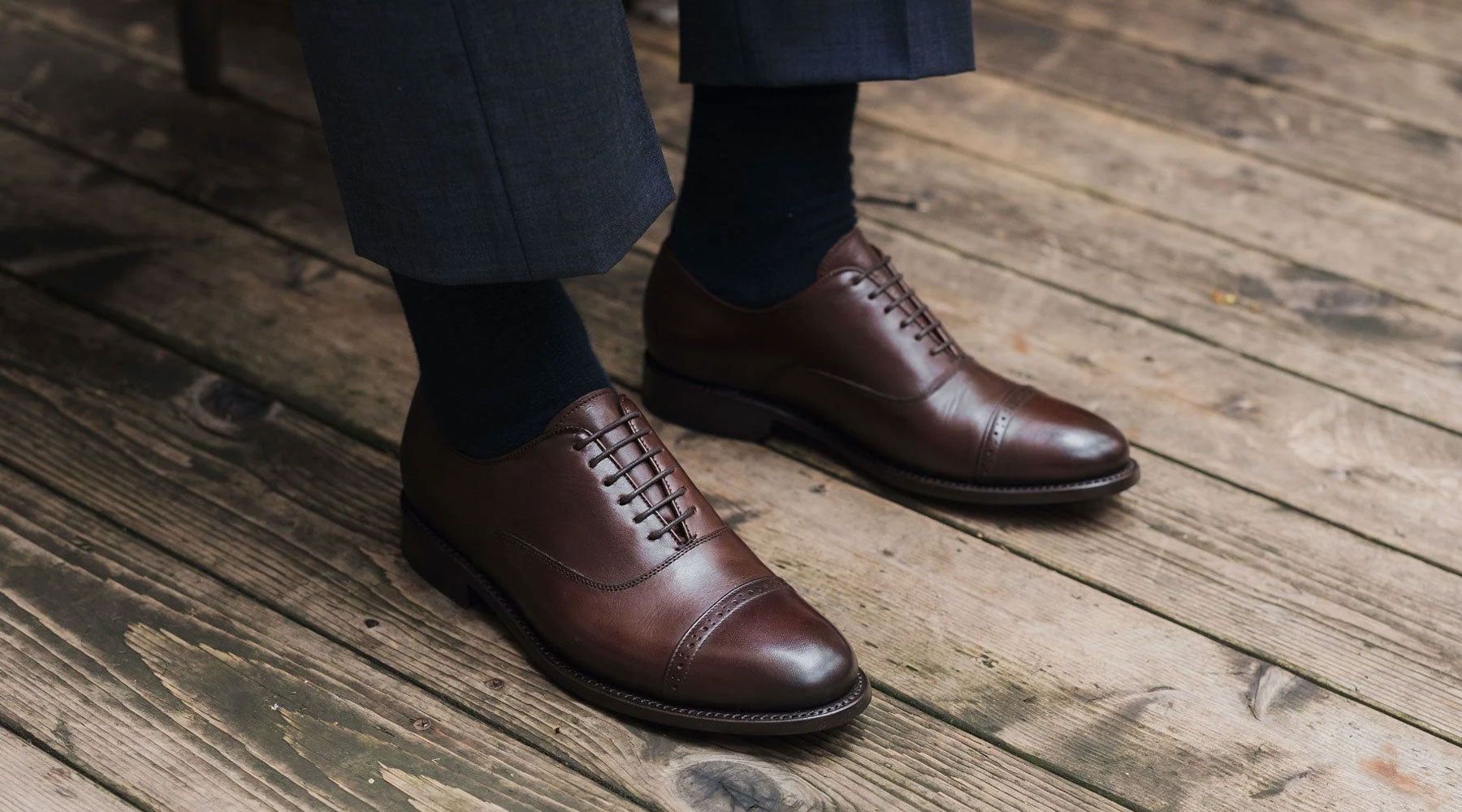 Round waxed cotton laces