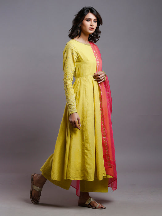 YELLOW ANARKALI KURTA WITH GOLD SLEEVE EMBROIDERY
