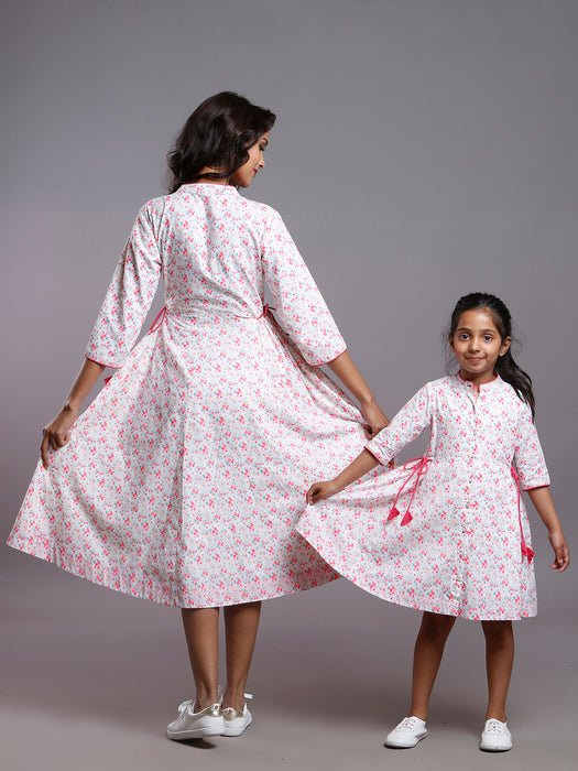FLORAL SIDE TIE DRESS- MOMS