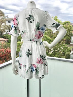 Short Sleeve Mini Wrap Dress in White Floral