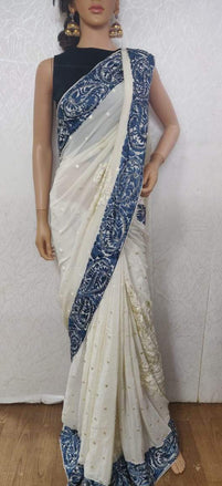 LWIS1P2100501_White_Hand_Embroidered_Parsi_Gara_Pure_Crepe_Thread_Work_Floral_Design_Saree_1