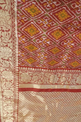 Red Handloom Ashavali Pure Silk Saree - Luxurionworld