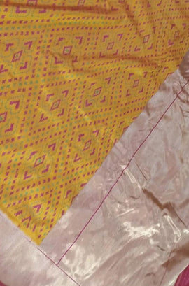 Yellow Handloom Ashavali Pure Silk Saree - Luxurionworld