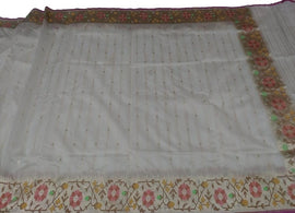Off White Handloom Banarasi Cotton Dupatta - Luxurionworld