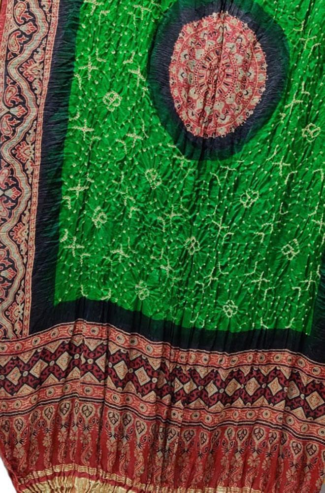Green Bandhani Gajji Silk Dupatta With Ajrakh Print - Luxurionworld