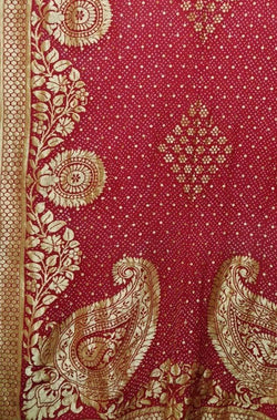 Red  Banarasi Bandhani Pure Georgette Dupatta - Luxurionworld