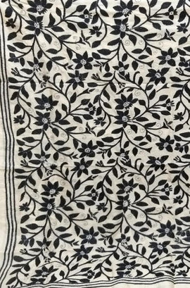 Black & White Hand Embroidered Kantha Tussar Silk Dupatta - Luxurionworld