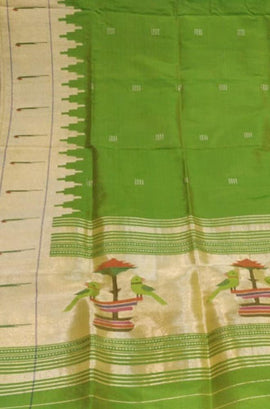 Green_Handloom_Paithani_Pure_Silk_Dupatta_With_Muniya_Border