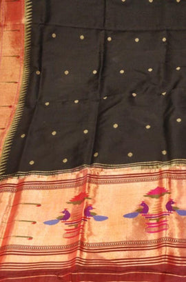 Black_Handloom_Paithani_Pure_Silk_Dupatta_With_Muniya_Border