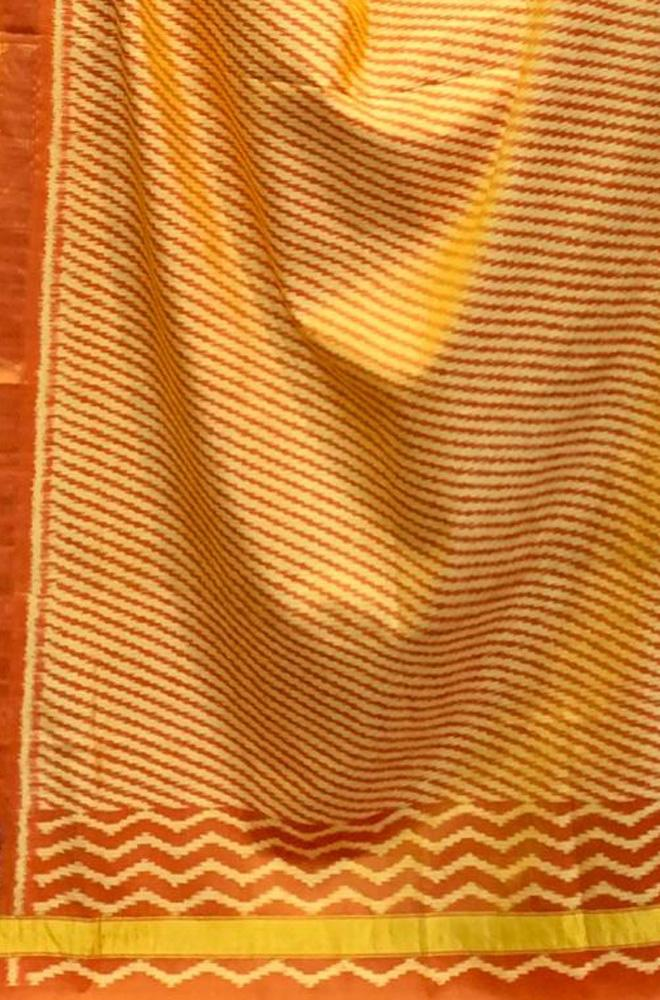 Orange Handloom Rajkot Patola Pure Silk Dupatta - Luxurionworld