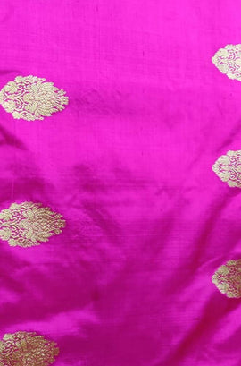 Pink Handloom Banarasi Pure Silk Leaf Design Fabric ( 2.5 mtr)