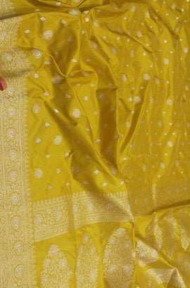 Green Handloom Banarasi Pure Katan Silk Saree