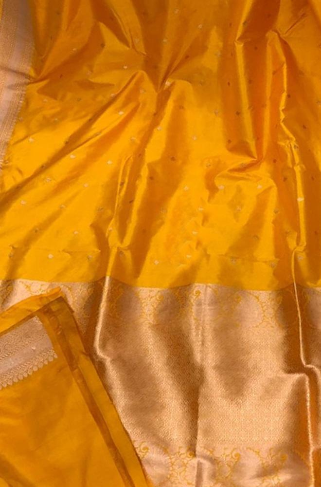 Yellow Handloom Banarasi Pure Silk Saree With Contrast Border