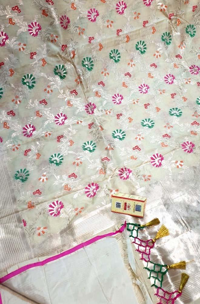 Off White Handloom Banarasi Pure Katan Silk Meenakari Saree With Self Border - Luxurionworld
