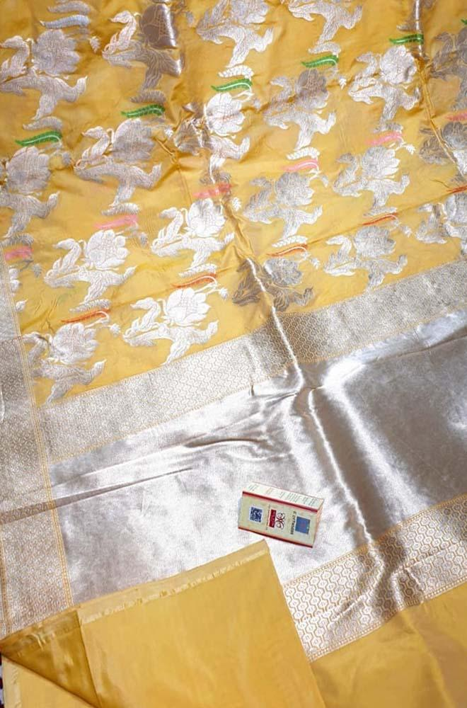 Yellow Handloom Banarasi Pure Katan Silk Flower Design Meenakari Saree With Self Border