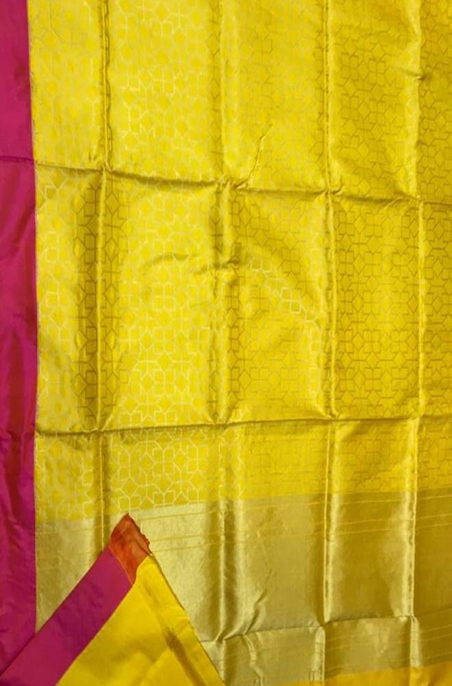 Yellow Handloom Banarasi Pure Katan Silk Alphi Meena Fully Kariyal Weaved Saree With Pink Border
