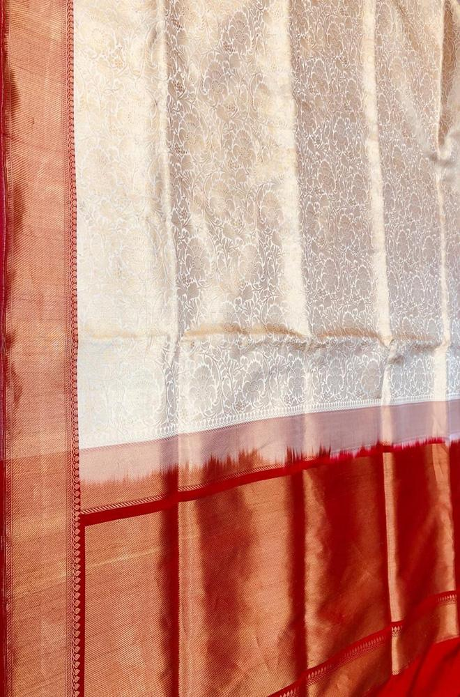 Off White Handloom Banarasi Pure Katan Silk Saree With Contrast Border - Luxurionworld