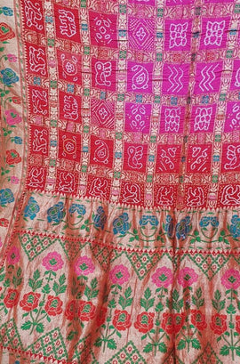 Red and Pink Banarasi Bandhani Pure Georgette Meenakari Saree - Luxurionworld