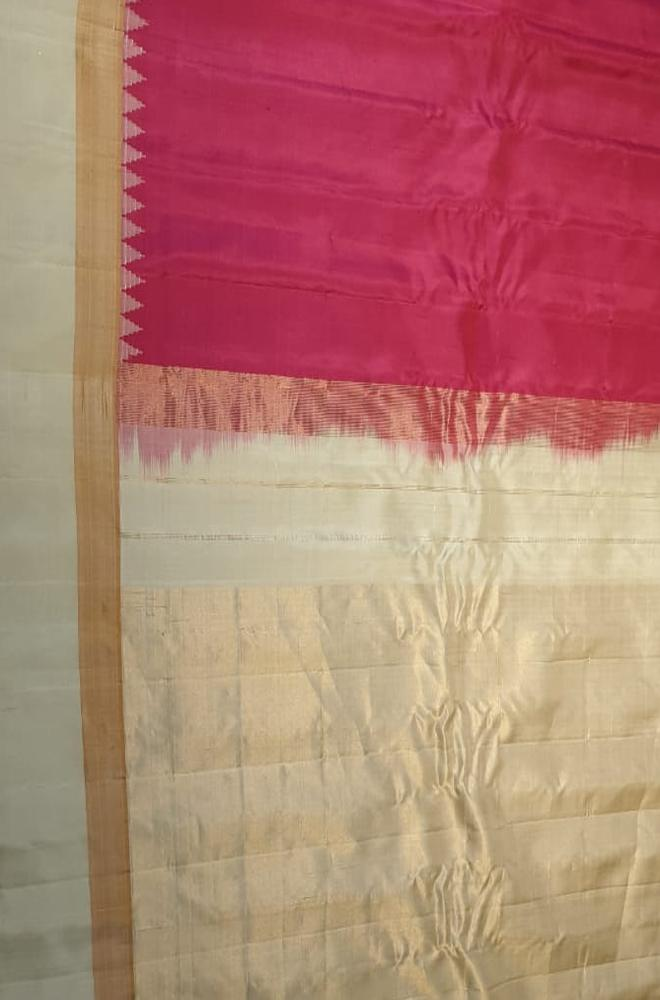Pink Handloom Gadwal Pure Silk Plain Saree With Temple Design Contrast Border