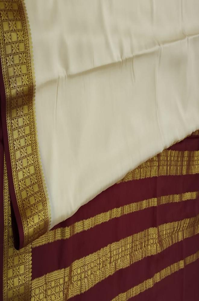 Off White Handloom Mysore Crepe Silk Plain Saree - Luxurionworld