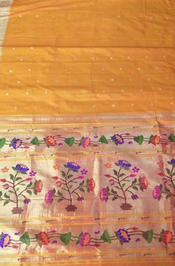 Orange Handloom Paithani Pure Silk Floral Design Muniya Border Saree - Luxurionworld