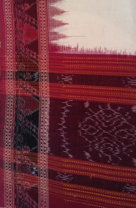 Off White Handloom Sambalpuri Cotton Dupatta - Luxurionworld
