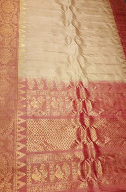 Off White Handloom Paithani Pure Silk Plain Saree With Temple Design Border - Luxurionworld