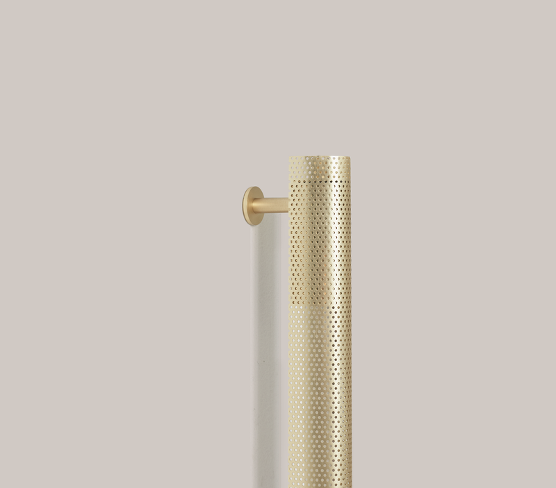 Radent Wall Lamp, 1350 mm - Brass - NUAD