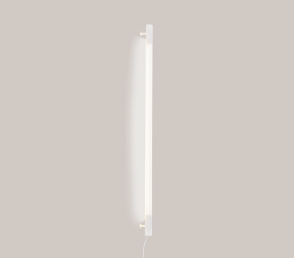 Radent Wall Lamp, 1350 mm - White - NUAD