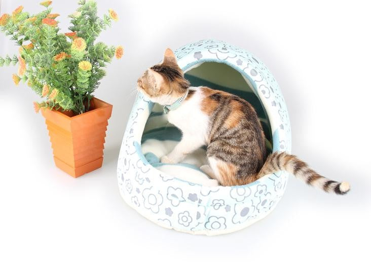 Warm and Washable Pet Plush Bed