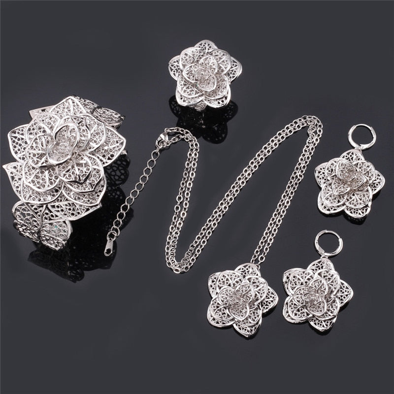 Vintage Rose Jewelry Set