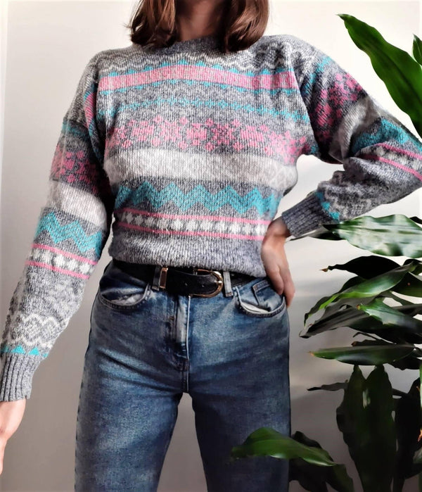 Light grey vintage jumper with pink and blue Nordic pattern - S/M - Sellers With A Story