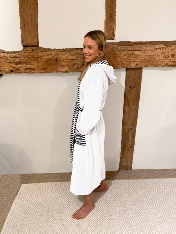 100% Organic & Non-Toxic | Adult White Robe - Sellers With A Story
