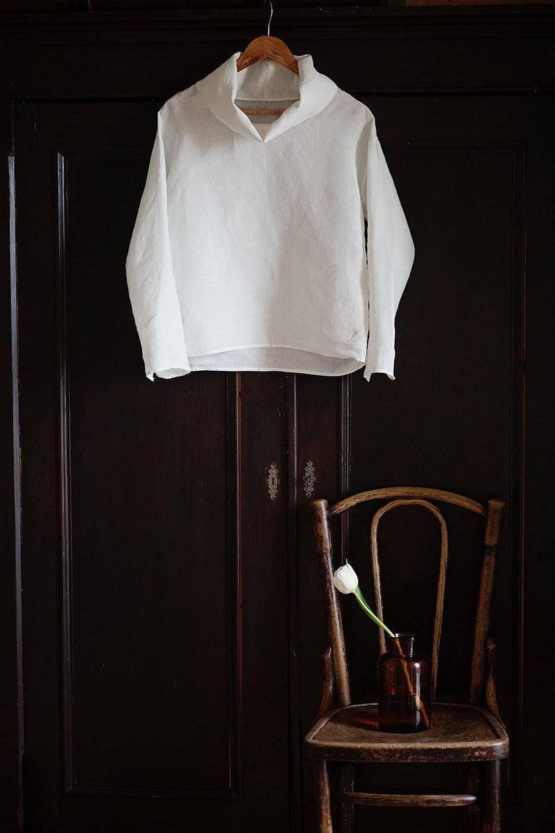 100% Linen Turtle Neck Top