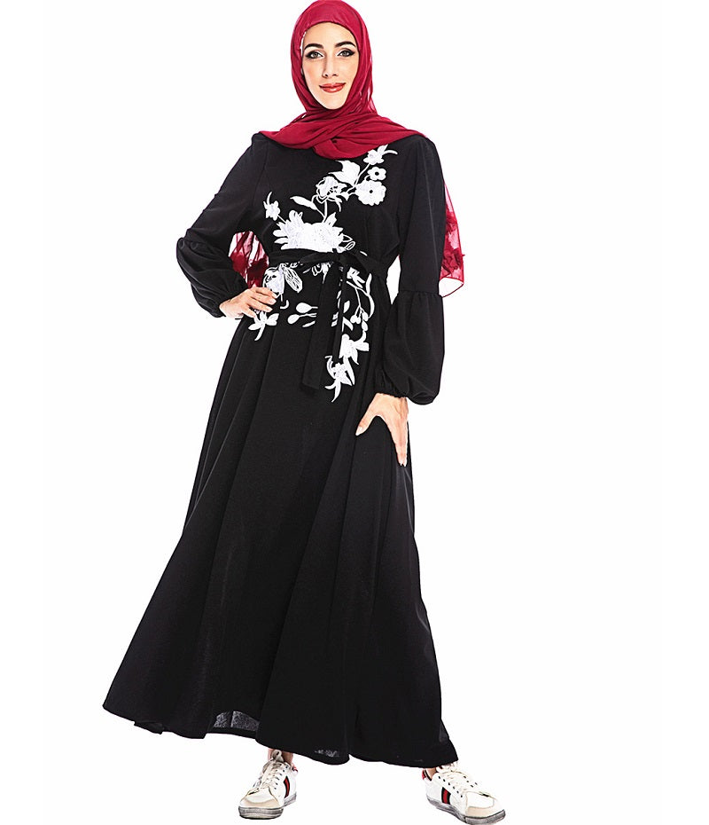 Muslim long sleeves black maxi dress--white embroidered flower--CHM-6214