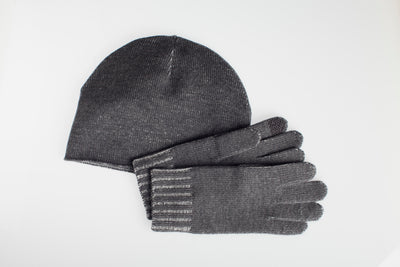 Extra Fine Merino Glove and Hat Set with Integrated FIBREHEAT™ Self Heating Technology