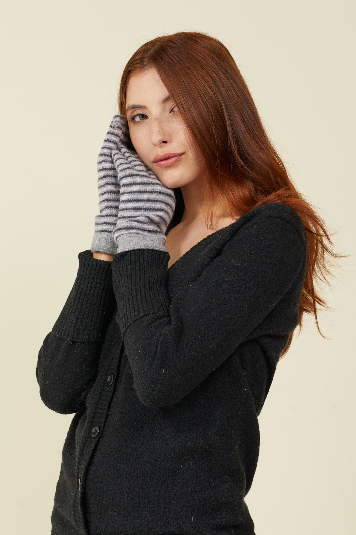 Fine Allover Stripe Glove with FIBREHEAT™ Self Heating Liner