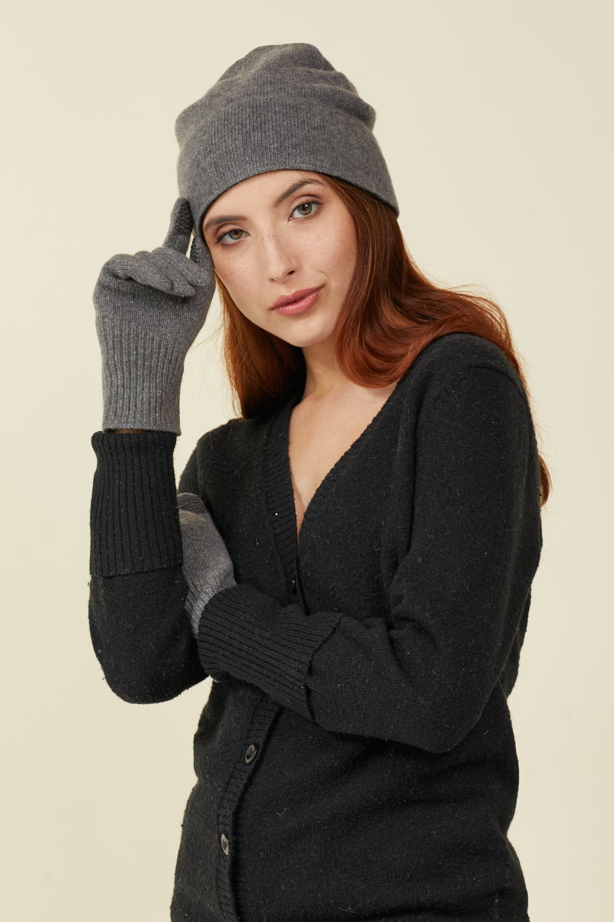 Newly Redesigned Luxurious Unisex Cashmere Asymmetric Cuff Gloves with FIBREHEAT™ Self Heating Liner