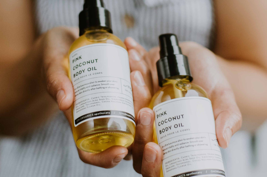Looking for a good natural body oil? Make sure yours does these 5 things