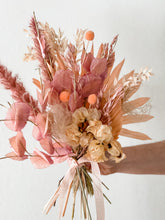 Load image into Gallery viewer, EVERLASTING - LOVE BOUQUET