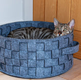40 Winks Felt & Fur Plaited Cat Bed