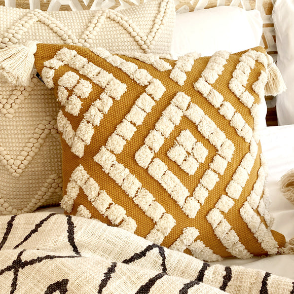 Belize Tufted Tassel Cushion