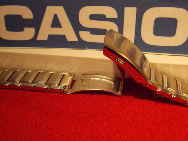 Casio watchband EFA-131 D. All Steel Edifice Bracelet Silver Color