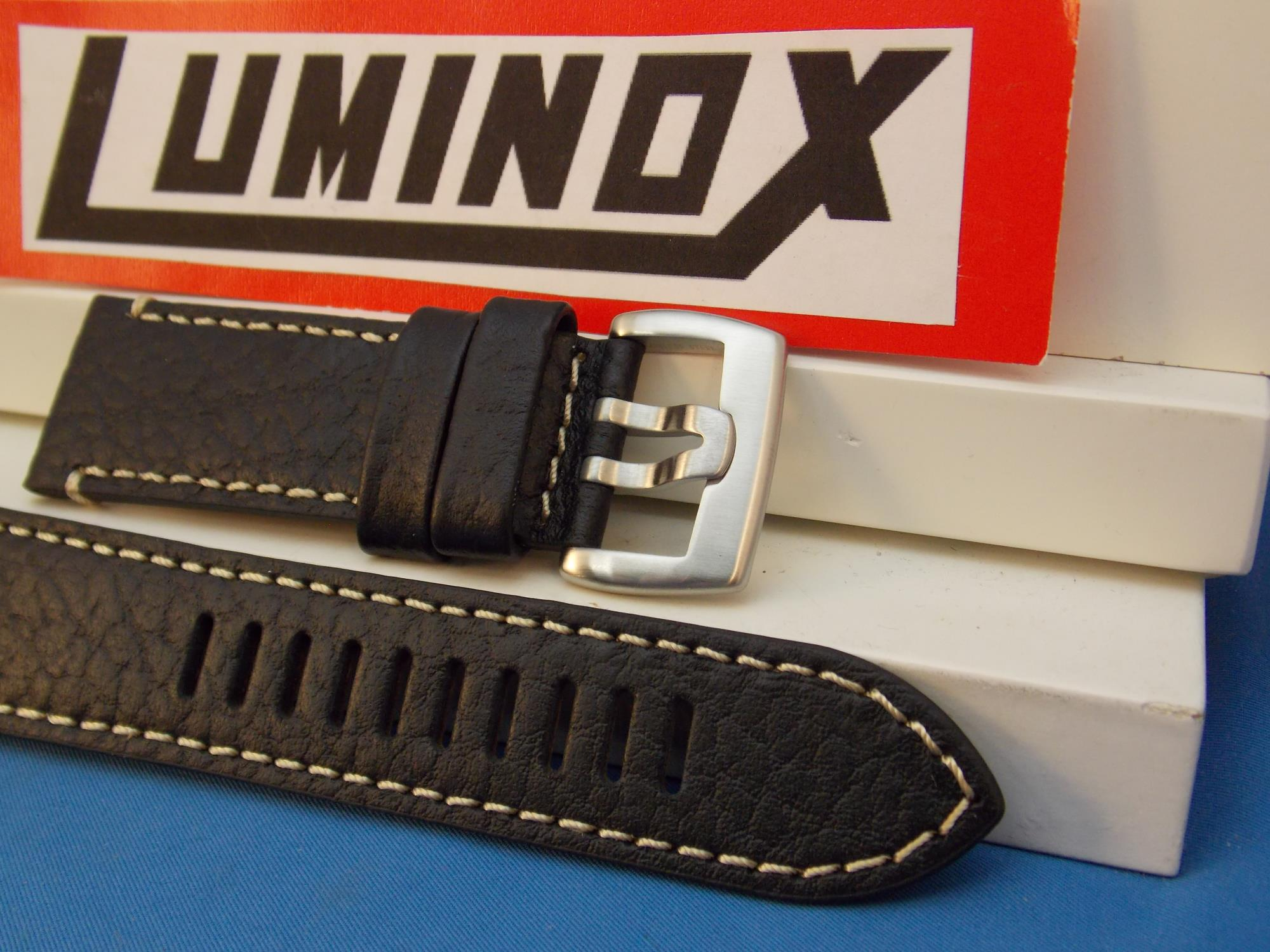 Luminox WatchBand Series 1860 Black Strap. Leather/White Stitching. 26mm